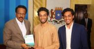 XAASAASI: Dareenada Ka Dhashay Laba Wiil Oo Kulamo Ku Qabtay Gobollada Somaliland iyo Xidhoodhkooda Madaxda Somalia.
