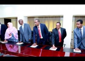 Daawo: Gudoomiyaha Maxkamadda Sare ee Somaliland oo Dhaariyay Laba Xildhibaan oo Cusub